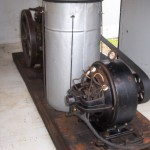 3 HP Falk Sideshaft Engine w/ Rumely Dynamo